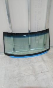 フロントガラス